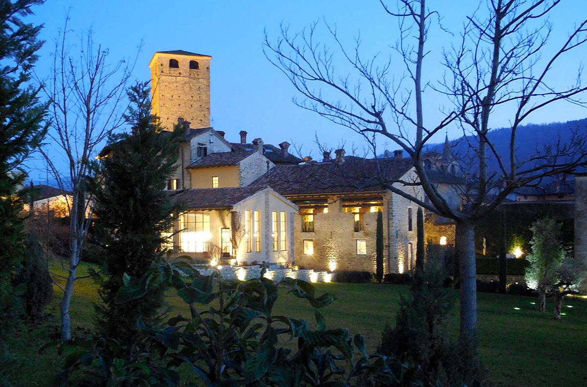 Il Castello In Notturna